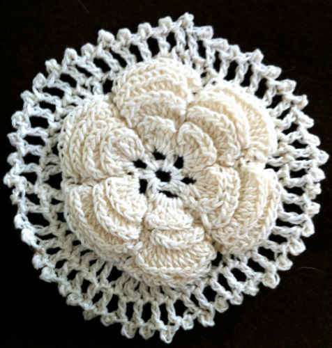 """Floral Motif Scarf"" Crocheted Las' Scarf Pattern by Coats and"
