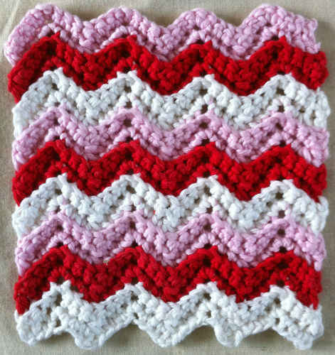 Free Crochet Pattern 50325 Ripple Throw : Lion Brand Yarn Company