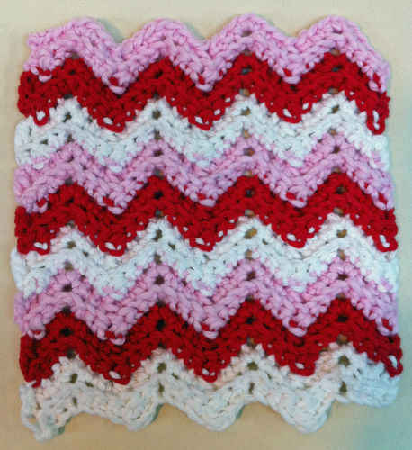 Sharon's Eclectic Retreat: Free Crocheted Dishcloth Pattern!