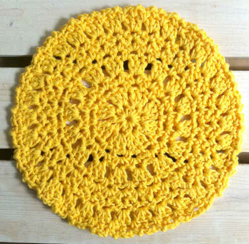 Best Free Crochet ? #65 Round Sunshine Crochet Dishcloth