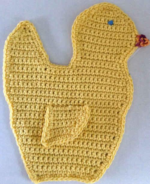FD082_Maggie_Weldon_Crochet_Duck_Dishcloth_edited-1