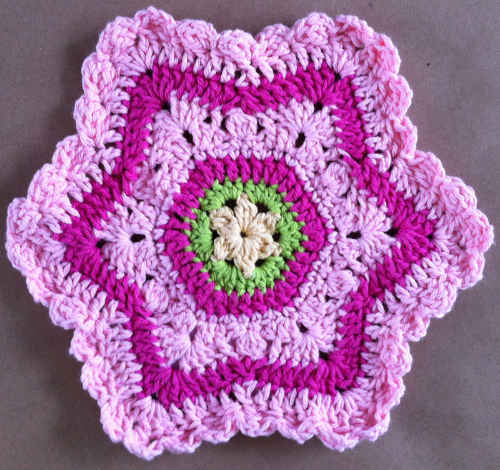 FD094-Maggie-Weldon-Crochet-Dishcloth-Pretty-in-Pink_edited-1