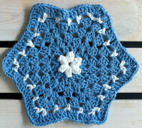 FD096-Maggie-Weldon-Crochet-Dishcloth-Starlight_edited-1