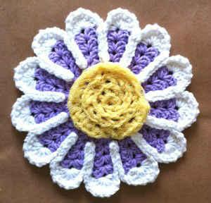 Free Pattern: Rainbow Flower Scrubby Dishcloth