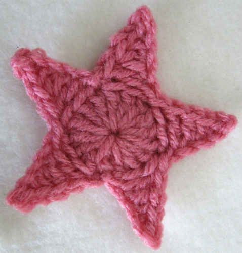 Crocheting Free Patterns : Free Crochet Pattern - Medium Star #9