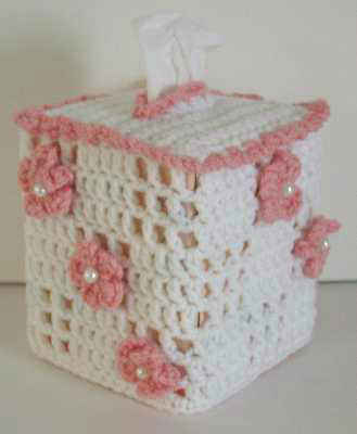 Ravelry: Pocket Tissue Holder pattern by Jennifer Casa