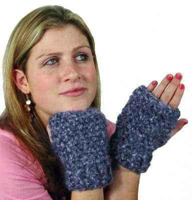 FREE-Pattern-Maggie-Weldon-Crochet-Divine-Mitts-FP118
