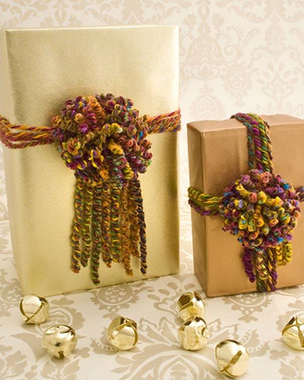 LW2337-Pompom-Gift-Wrap-optw