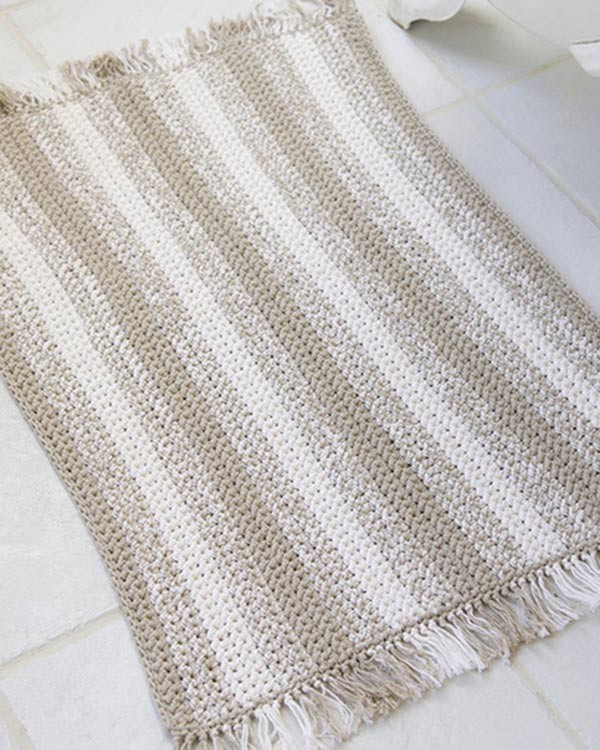WR1739-Crochet-Natural-Stripes-Rug-optw