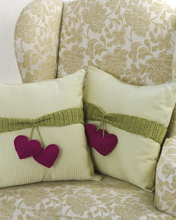 LW2290-Heart-to-Heart-Pillow-Trim-optw