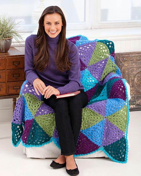 LW2742-Vibrant-Triangles-Granny-Throw-optw