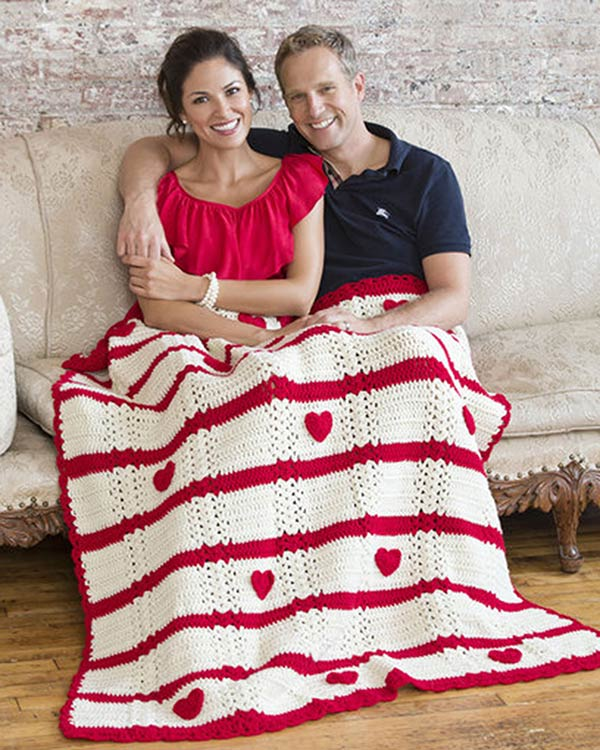 LW3240-Be-My-Valentine-Throw-optw