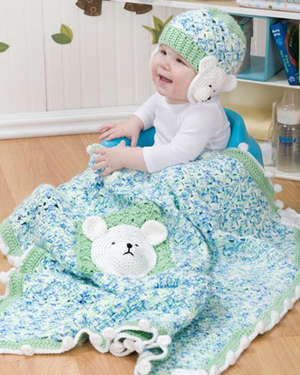 WR2165-Polar-Bear-Blanket-and-Hat-optw