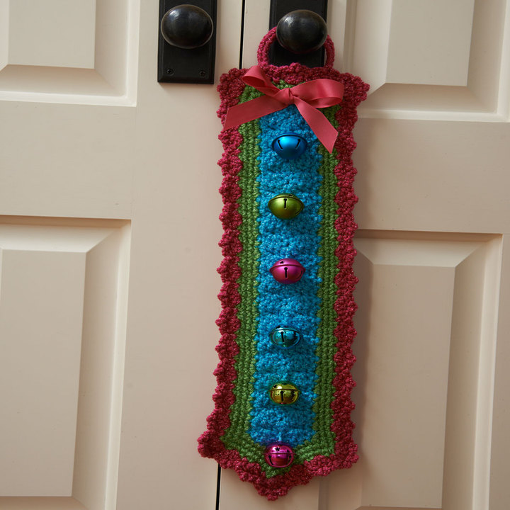 LW36870-Jingle-Bells-Door-Hanger