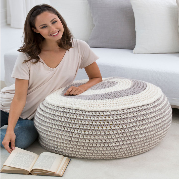LW4526-Stylish-Pouf