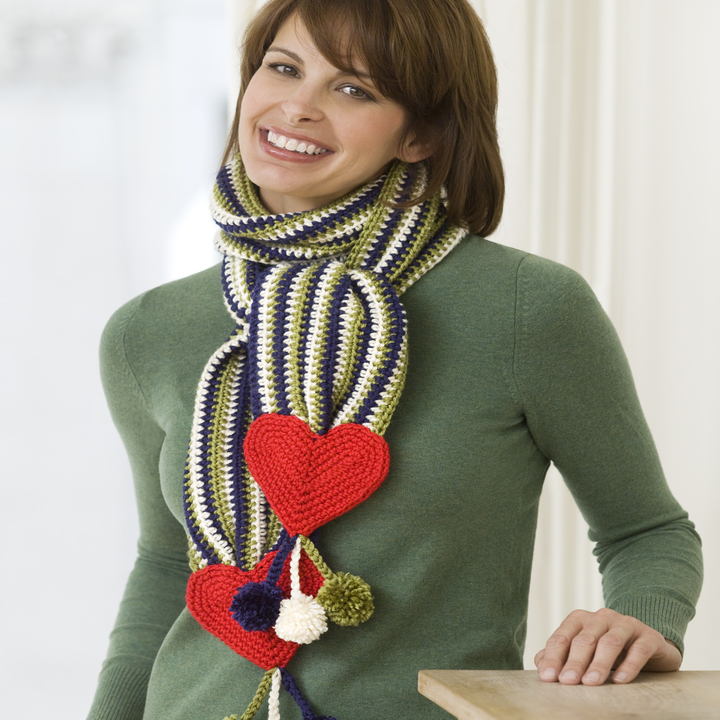 LW2268-Hearts-Stripes-Scarf