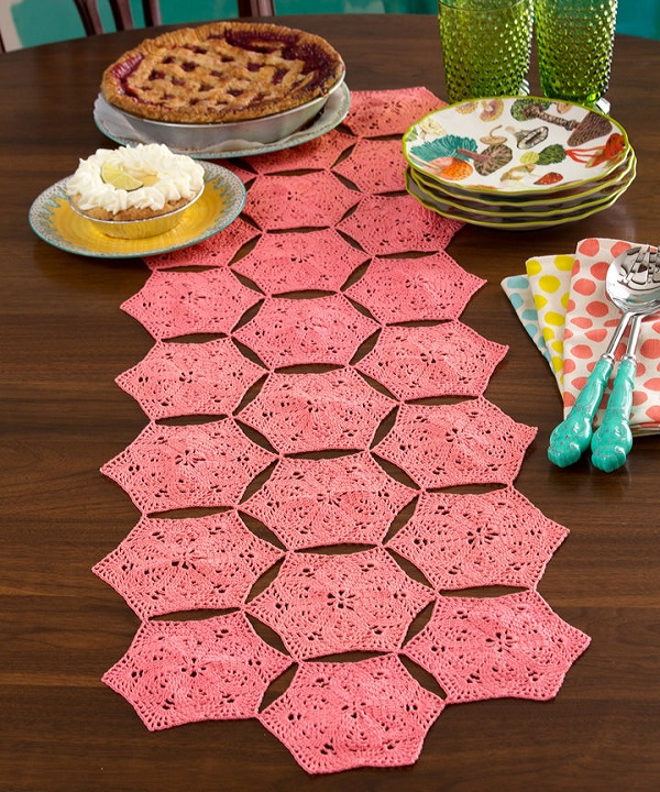 Free Flower Fan Table Runner Crochet Pattern From Redheart