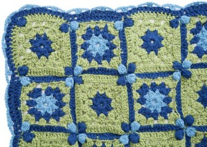 LW3589-Flower-Path-Throw-Detail