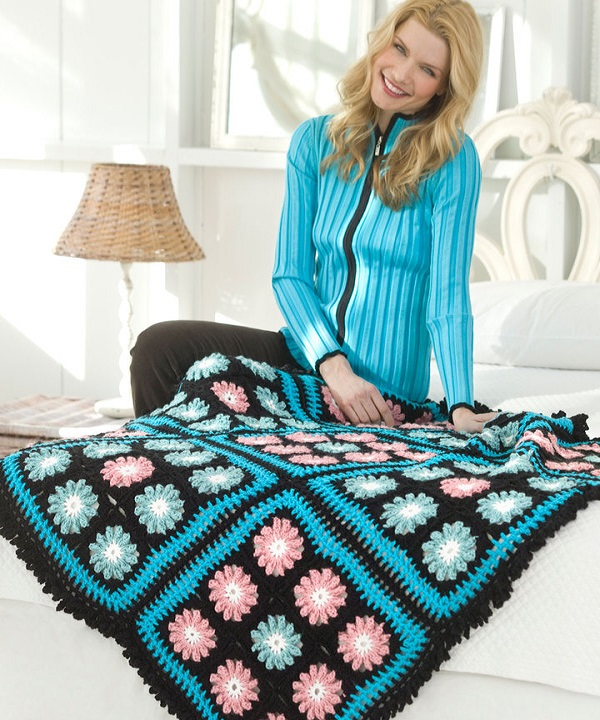 LW2173-Flower-Accents-Throw
