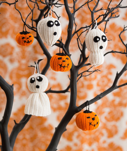 halloween tree of spookiness